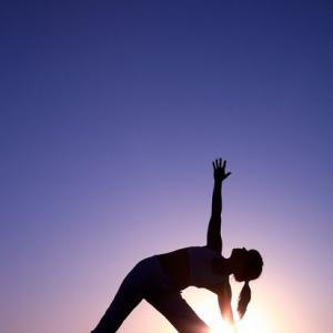 """Йога для студентов в """"Гонге"""""""