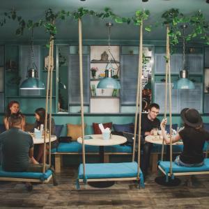 Веганское кафе Зеленый Лис ищет поваров!