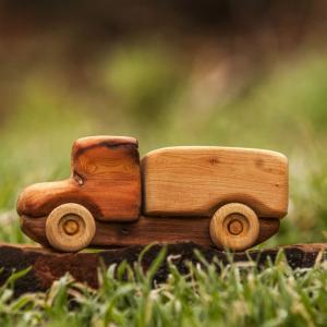 Деревянные игрушки из ценных пород дерева!